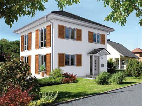 Moderne Quadratische Häuser by Zeltdach Haus Informationen Und Tipps Musterhaus Net