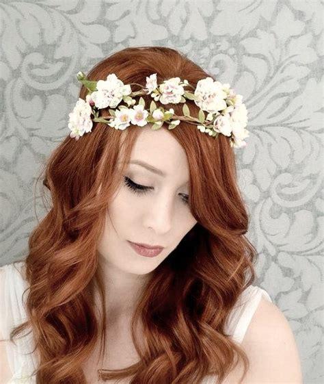 la couronne comme accessoire de cheveux pour votre mariage