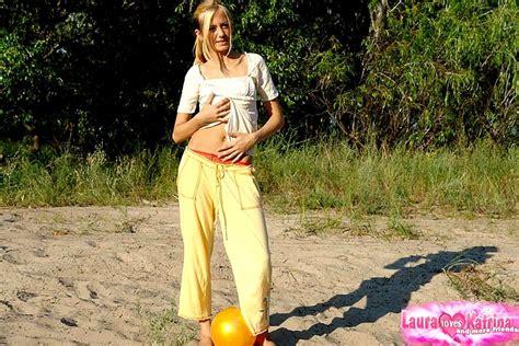 Laura Loves Katrina Lauraloveskatrina Model Together Panties Sunporno Sex Hd Pics