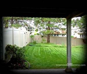 Hometalk how to make an easy patio privacy screen step for Simple and easy backyard privacy ideas