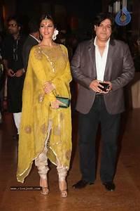 Genelia n Ritesh Reception Photos - 01 - Photo 96 of 148