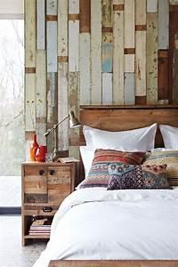45 cozy rustic bedroom design ideas digsdigs for Rustic bedroom design ideas