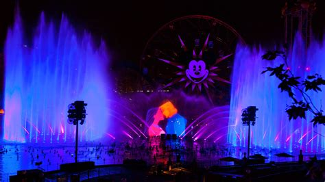 world color disneyland forever paint the world of color