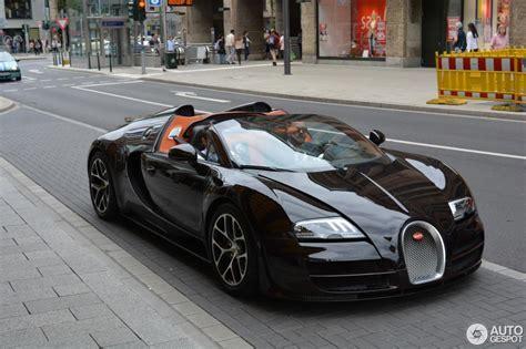 Bugatti Gran Sport Vitesse by Bugatti Veyron 16 4 Grand Sport Vitesse 10 July 2016