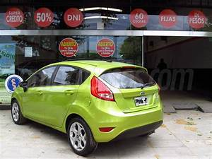 Venta Auto Usado Ford Fiesta Kinetic Titanium  2012  Color