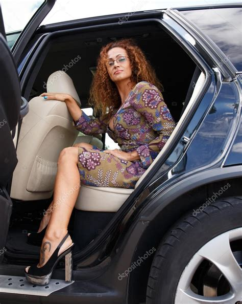 Naked Mature Women In Cars Bare Photo