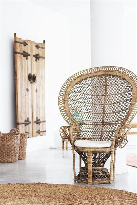 fauteuil emmanuelle en rotin le fauteuil emmanuelle pour un air 70 s elephant in the room