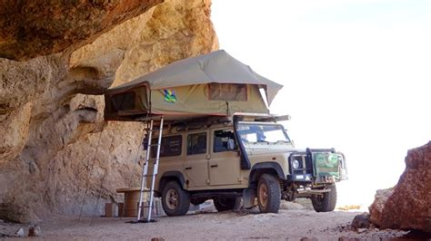 wind land rover defender td  vehicle