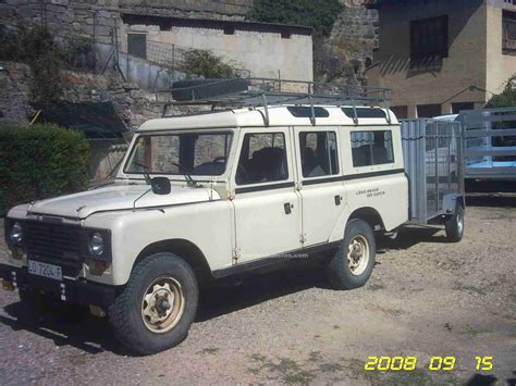 land rover santana land rover santana 109 photos news reviews specs car