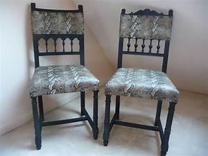 Chaise Le Bon Coin : chaise henri ii relook e avec une couverture peau de python meubles et rangements par caroline ~ Teatrodelosmanantiales.com Idées de Décoration