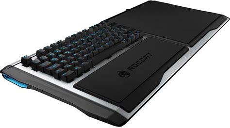 roccat sova un clavier tapis de souris pour gamer