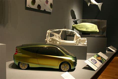Mercedes BenzCar : Mercedes-benz Bionic