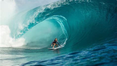 malibu pro surfer reflects  year  growth malibu surfside news