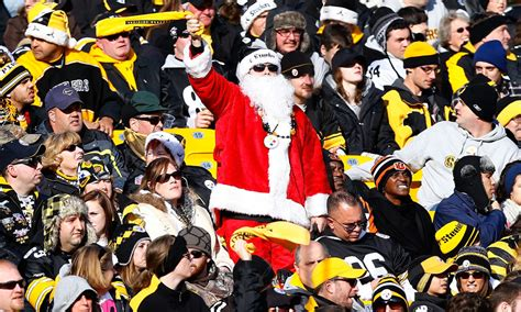 pittsburgh steelers volunteered  christmas day game