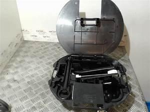 Clio 3 Phase 2 Occasion : panier roue de secours d 39 occasion pour renault clio iii phase 1 ~ Gottalentnigeria.com Avis de Voitures