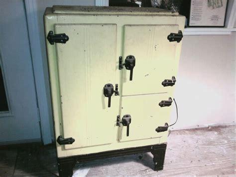 Metal Ice Box Antique Appraisal