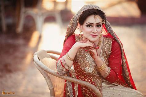 Wedding Dresses Pakistani : Latest Pakistani Bridal Dresses In 2017
