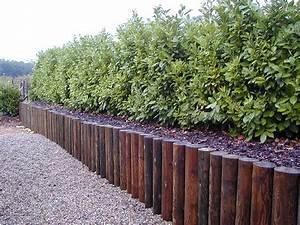 Rondin De Bois Pour Jardin : bordures bois ~ Edinachiropracticcenter.com Idées de Décoration