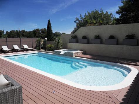 piscine coque grande piscine avec plage coque avec plage