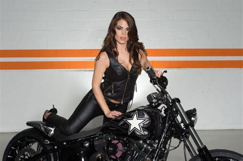 shooting mit monster girls und custombikes harley heaven