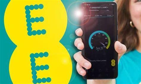 lebih  pelanggan ee menawarkan kecepatan   mengalahkan penggunaan broadband