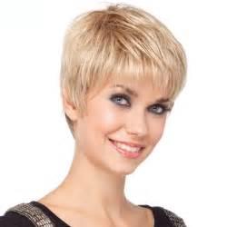 coupe de cheveux court femme 50 ans coiffure femme coupe courte tendances été 2017