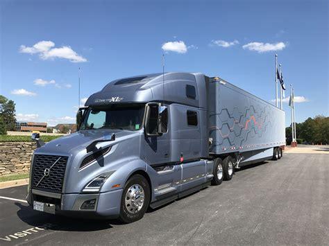 volvo  vnl  engine trucks volvo trucks trucks