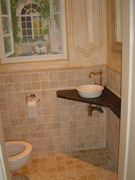 toilet in badkamer badkamer en toilet binnenmaas natuursteenbinnenmaas