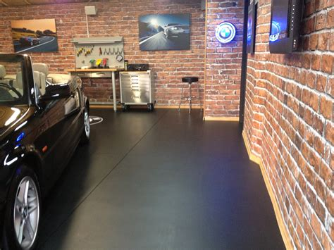The Garage by Graphics Transform A Garage Where It All Started Lexjet