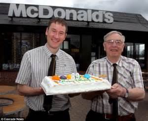 Old McDonald: Britain's oldest fast-food worker, 89, says ...