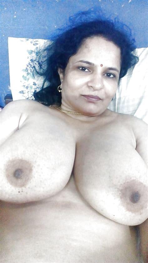 Mallu Aunty Big Boobs 11 Pics Xhamster