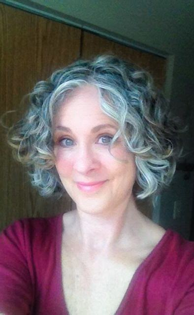 25 Best Ideas About Short Gray Hairstyles On Pinterest