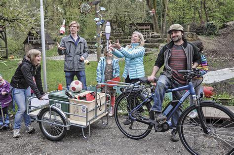 e bike anhänger wochenblatt birseck dorneck schwarzbubenland laufental ein e bike mit anh 228 nger f 252 r den