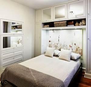 Kleines Schlafzimmer Gestalten : kleine schlafzimmer kreativ gestalten 45 zeitgen ssische ideen ~ Orissabook.com Haus und Dekorationen