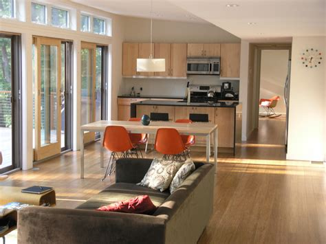 It is 82% smaller than the overall u.s. Brown Bar communal space - Modern - Living Room - New York - by Resolution: 4 Architecture