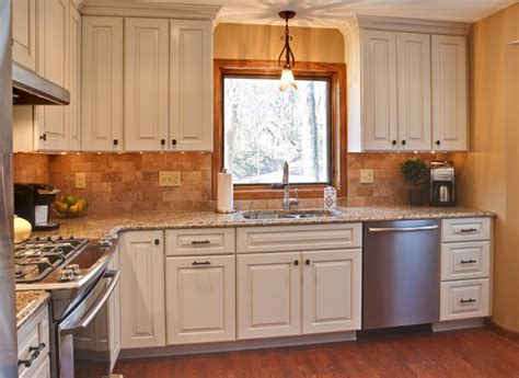Maximizing A Small Kitchen Space-traditional-kitchen