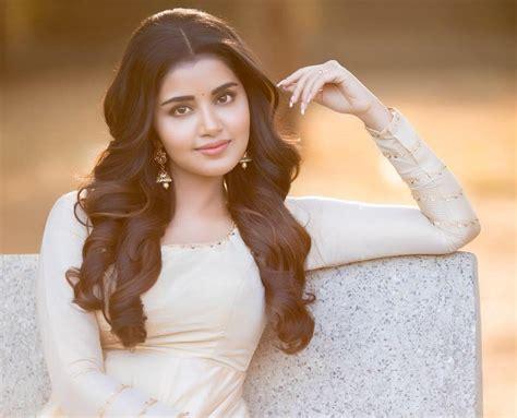 anupama parameswaran actress wiki height weight age boyfriend biography and more stars biog