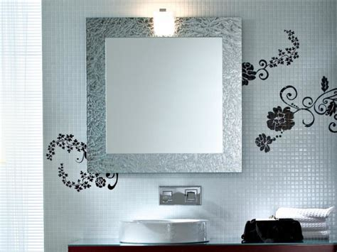Some Bathroom Mirror Ideas That You Should Know