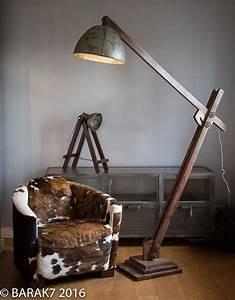 Luminaire Sur Pied : lampe industrielle sur pied acrobat meuble industriel ~ Nature-et-papiers.com Idées de Décoration