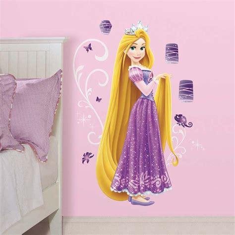 tickers chambre fille princesse disney princesse 1 sticker géant 100 cm de raiponce