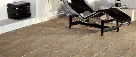 Pietra Per Pavimenti Interni Pavimenti In Pietra Soluzione Ideale Per Esterno Ed