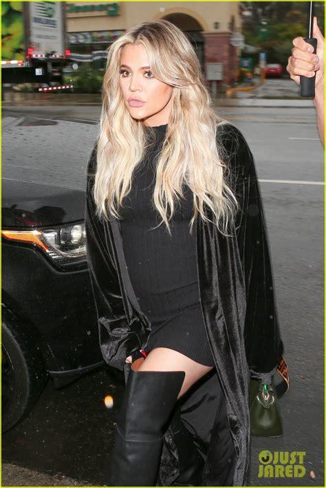 pregnant khloe kardashian wears form fitting dress