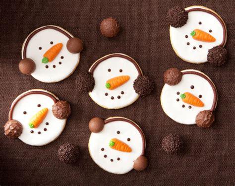 lustige kekse backen rezept f 252 r schneemann kekse
