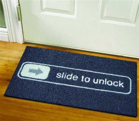 Doormat Designs by 25 Creative Office Decor Ideas Lighten Up Office Designs