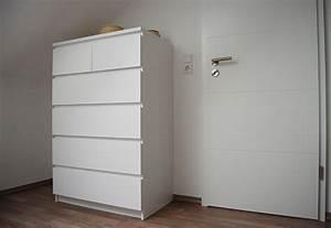 Kommode Für Dachschräge : ankleidezimmer bauen im tal ~ Lizthompson.info Haus und Dekorationen
