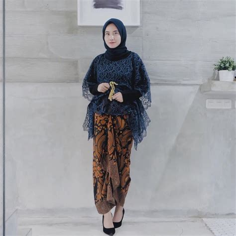model baju pesta brokat  edisi gaun blouse