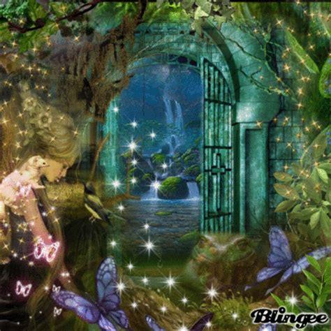 magical door picture  blingeecom