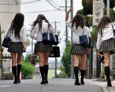 How & Why Japanese School Girls Have Short Skirts?