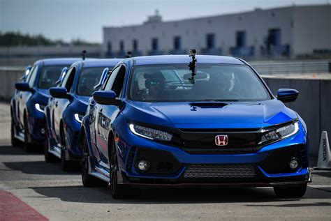 Review Honda Civic Type R by Review 2018 Honda Civic Type R Gear Patrol