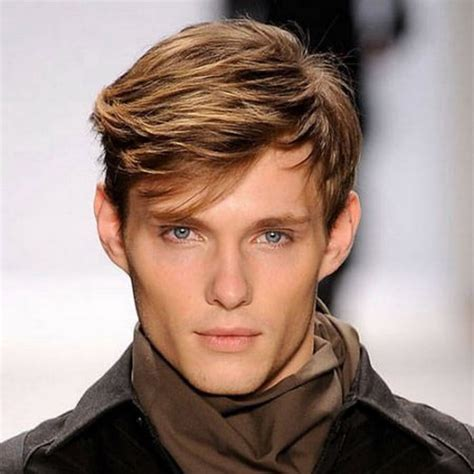 35 Cool Hairstyles for Men with Big Forehead HairstyleVill